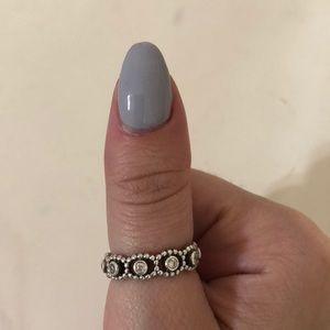 Her Majesty Ring 100% Authentic Pandora Ring